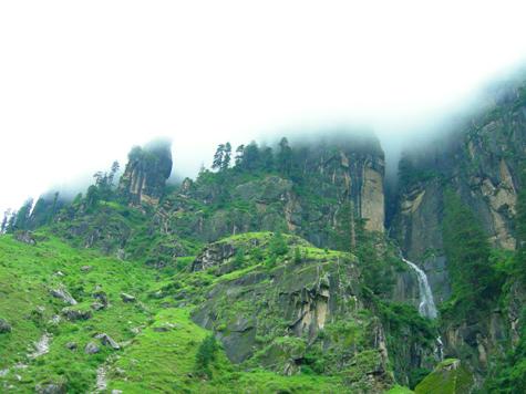 vashisht waterfall