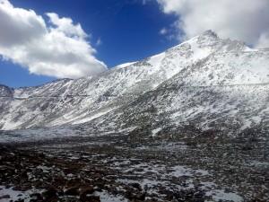 Snowpeaks enroute to Nubra